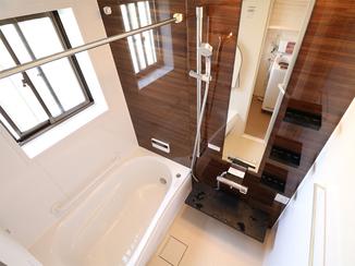 バスルームリフォーム 浴室暖房で寒い冬の到来も楽しみに
